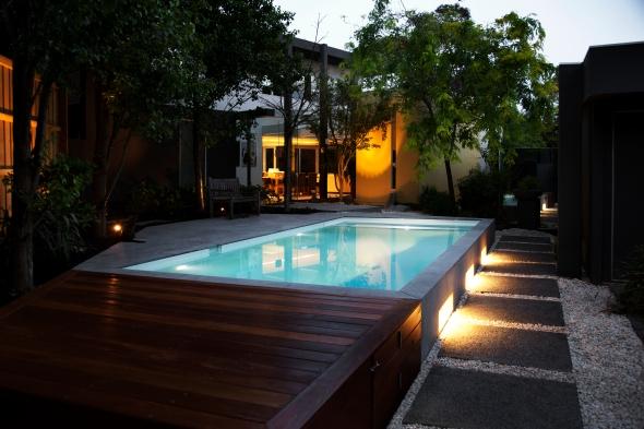 Feature pool lighting