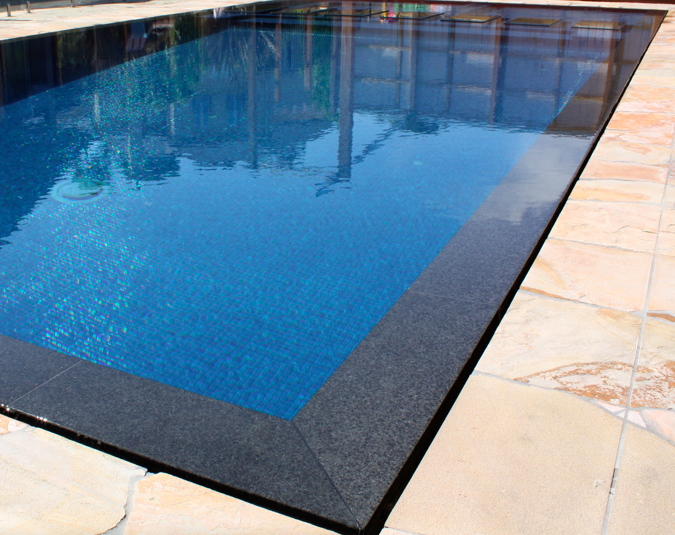 wet deck swimming pool