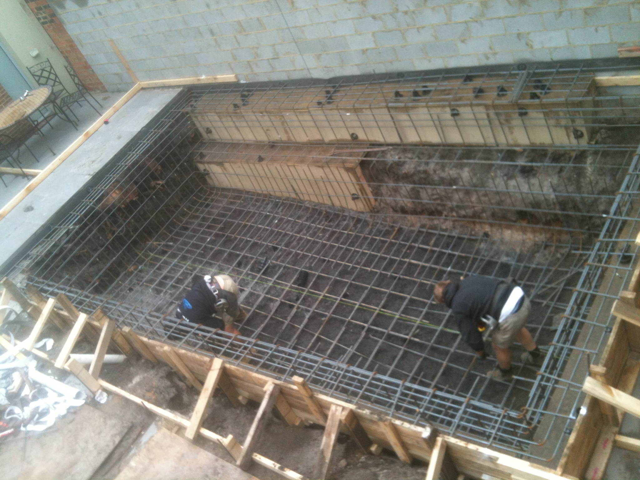 Concrete swimming pool for Concrete pool construction