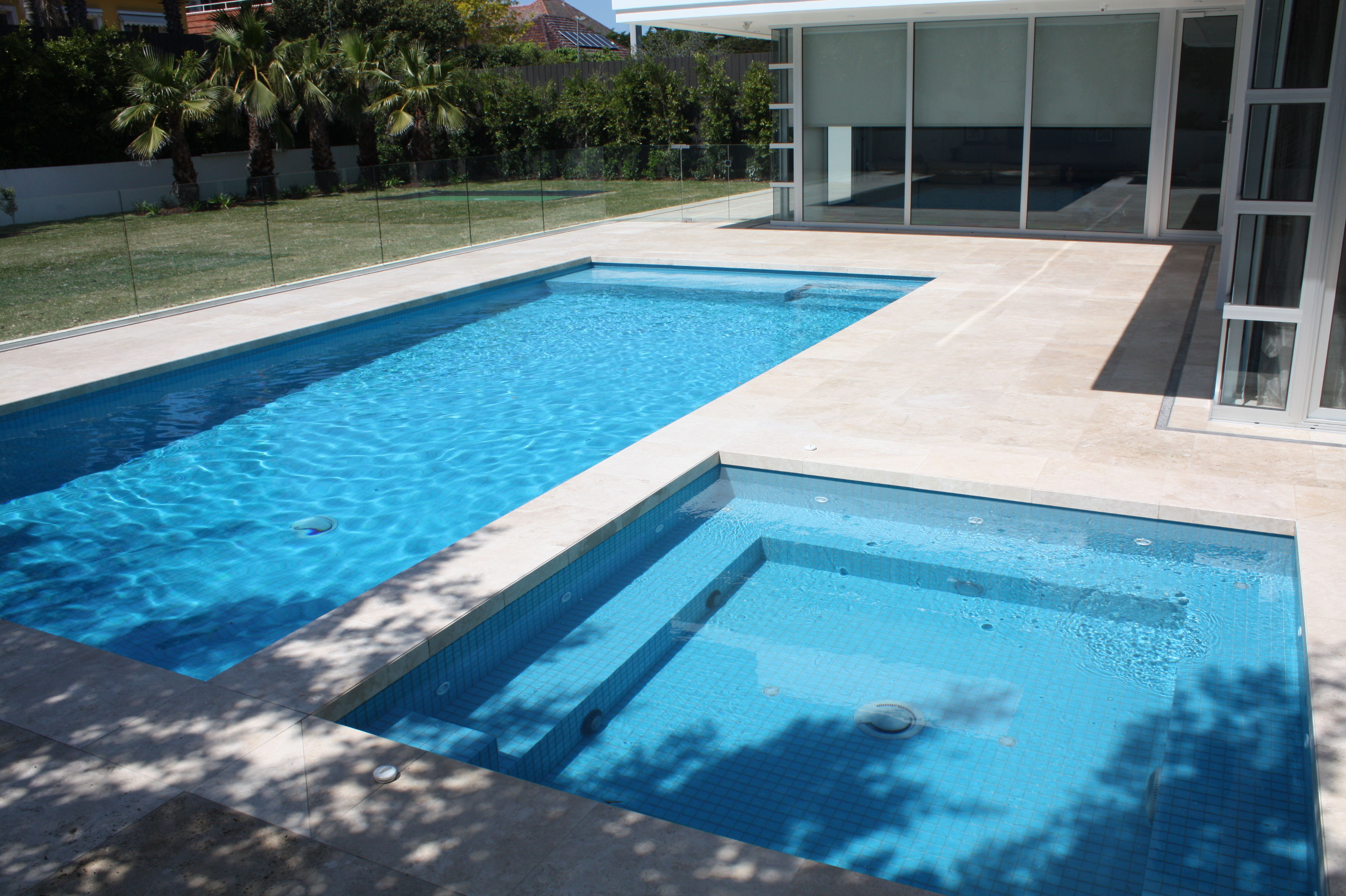 Swimming pools for Swimming pool spa designs